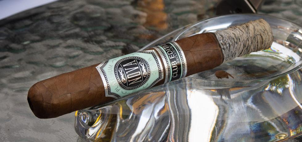 a half smoked Nova Platinum Club Edition Exclusive Toro cigar sat in my ashtray