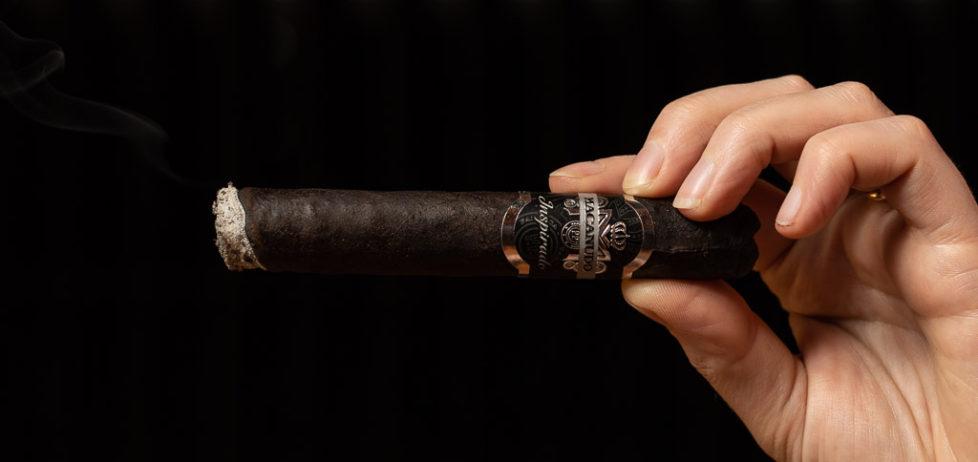 The Macanudo Inspirado Black Robusto cigar