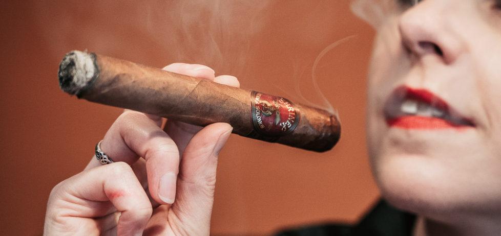 Savouring the first draws on a Hiram & Solomon Shriner Toro cigar