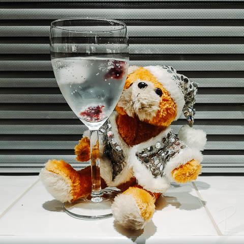 Gin Advent Calendar 2020 Day 7 - Brockmans Gin