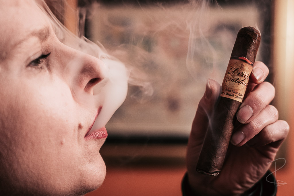 The sumptuous smoke from the El Viejo Continente Classic Robustom