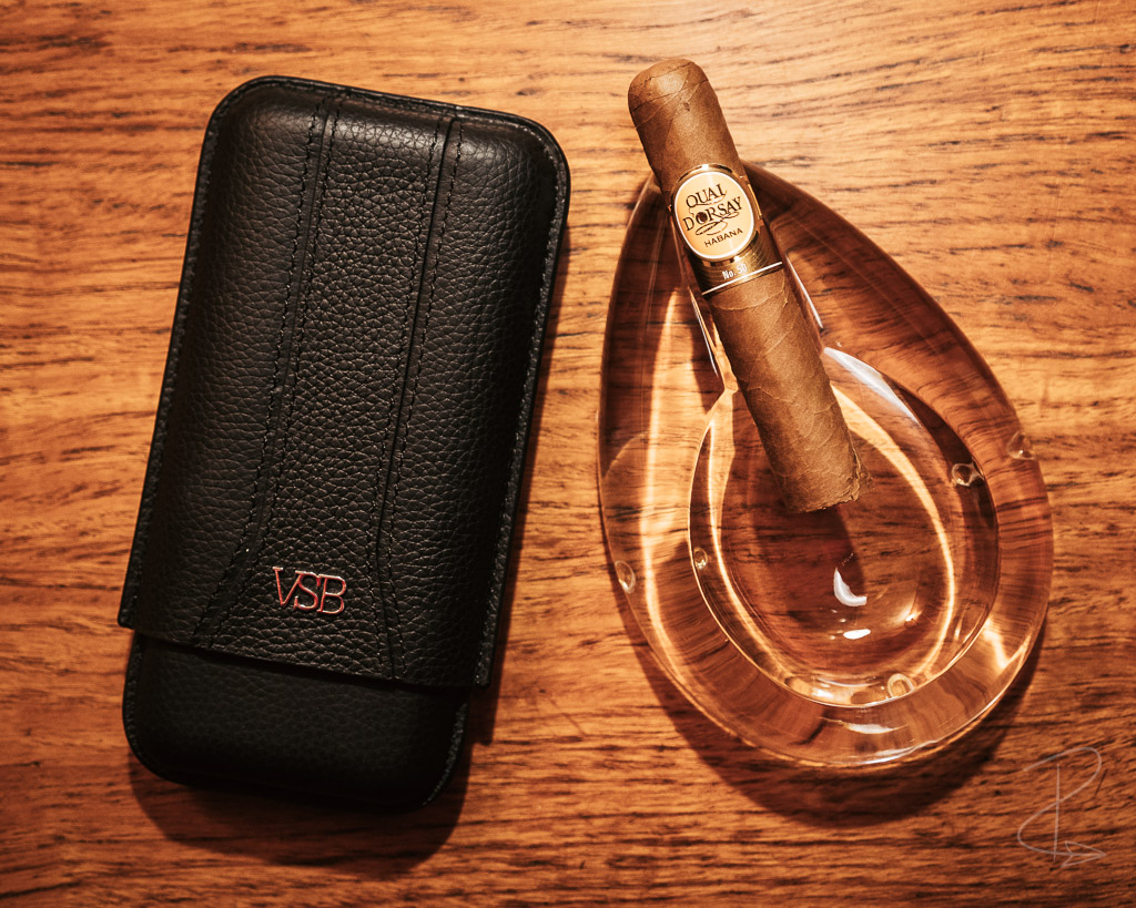 Quai D'Orsay No. 50 cigar sat in my ashtray waiting to be lit with my VSB London Leather travel humidor