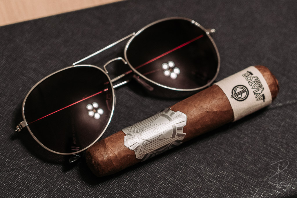 The exquisite double band on the Aviator Series Cochon Volant cigar by Principle cigars