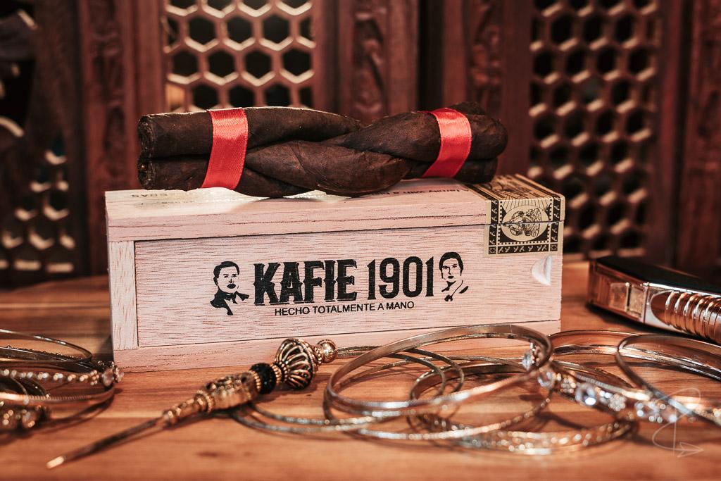 The Kafie 1901 Culebra cigar