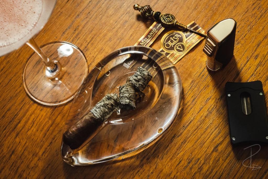 The perfect ash on the Oliva Serie V Melanio Robusto Cigar