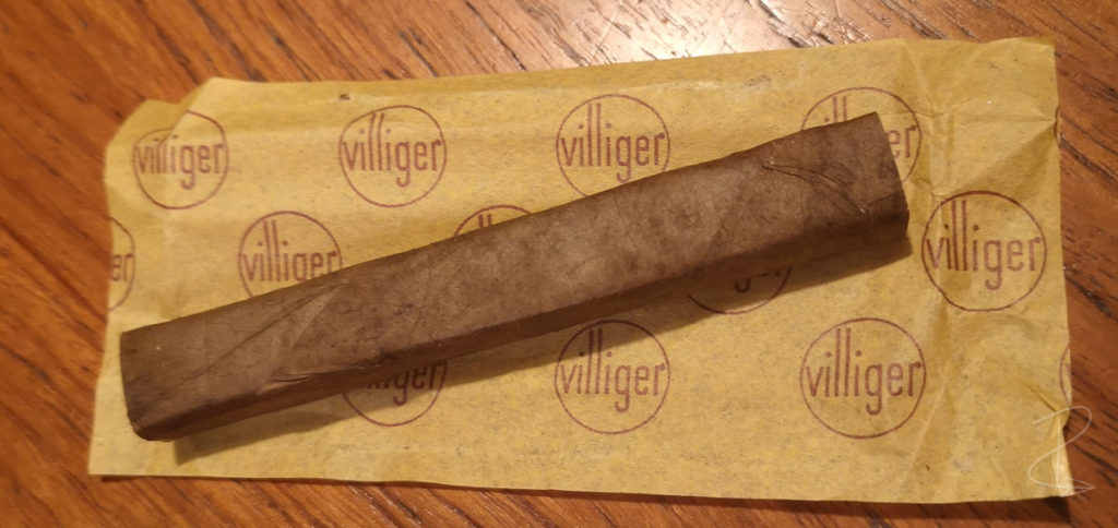 I was surprised how much I enjoyed the Villiger Export Pressed cigar when I smoked it in week 39